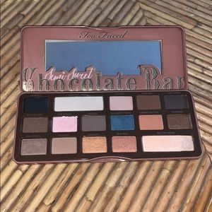 Too Faced Chocolate Bar Palette 🍫